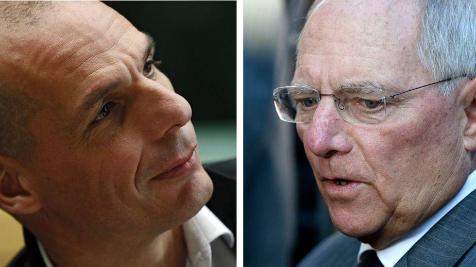 Yanis Varufakis, a la izquierda y el Wolfgang Schäuble, a la derecha