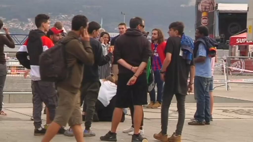 El óxido se deja ver en el muelle colapsado de Vigo.Nuria Gil sufrió magulladuras en todo su cuerpo en el accidente