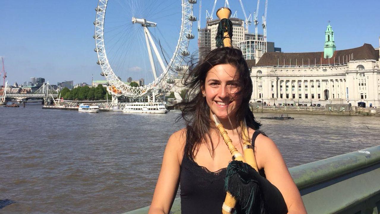 Jimena Orejas lleva la cultura asturiana a las calles de Londres