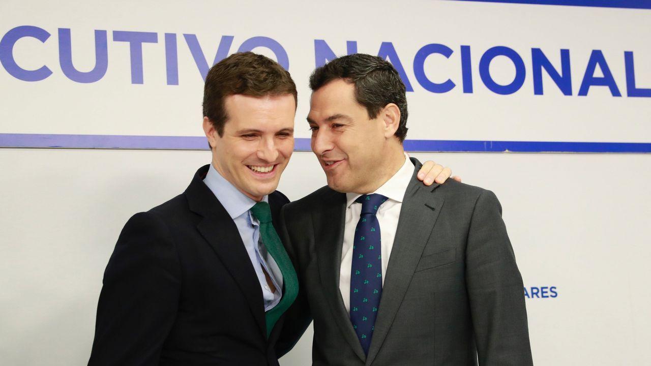 Casado y Moreno, esta mañana al inicio de la reunión del Comité Ejecutivo Nacional