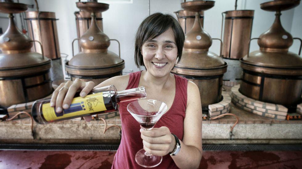 Ana Belén Mellado es profesora de gallego y ,además, tiene una empresa de licores en Ourense.