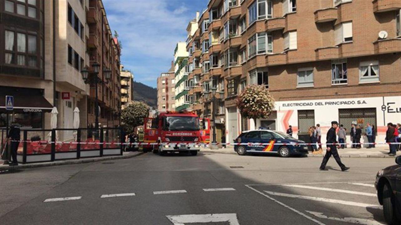 Policía Nacional y servicio secreto estadounidense, aliados contra la entrada irregular de colombianos.Intervención de los bomberos en la Ería, Oviedo