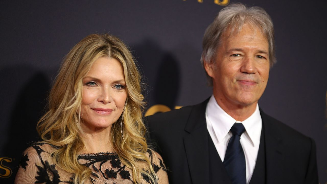 Michelle Pfeiffer y su marido, David E. Kelley