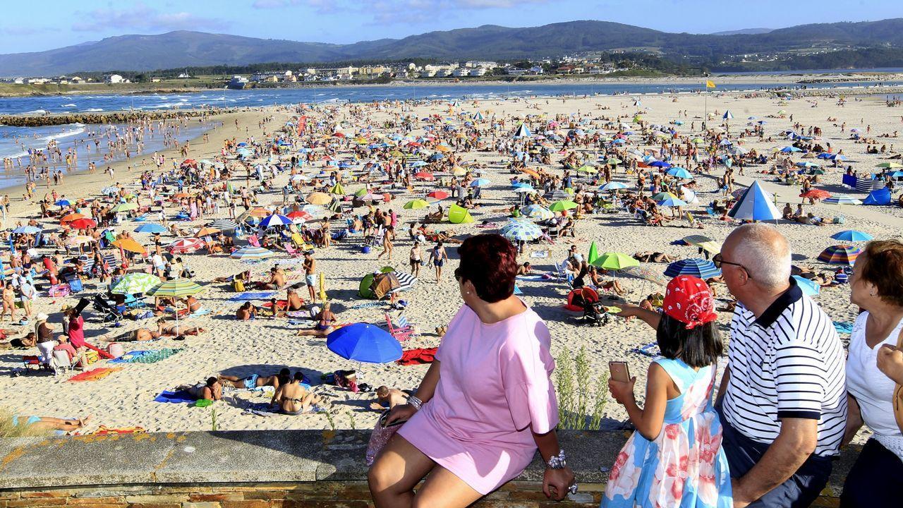 Los últimos trashumantes de Galicia.Arcoíris en el puerto de Gijón