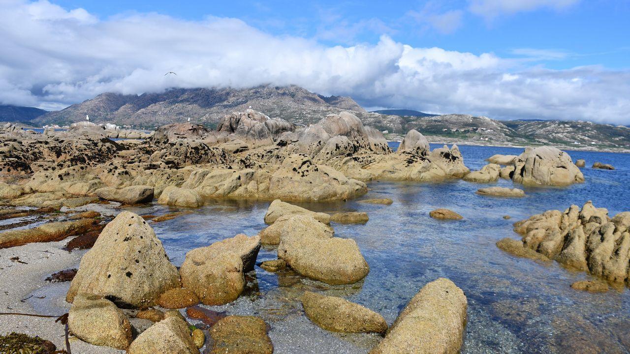 Algunas vistas de la ría de Corcubión y del entorno de Fisterra y O Ézaro