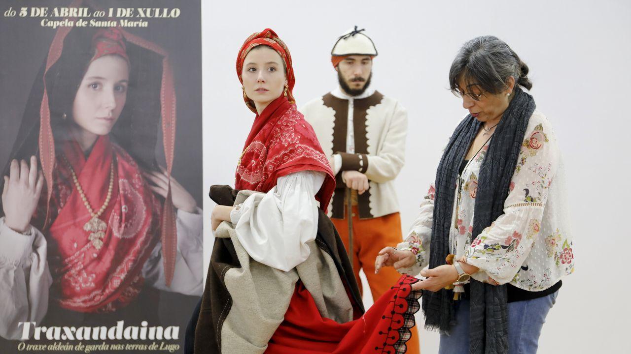 Lugo exhibe a primeira gran mostra do traxe aldeán de gala.