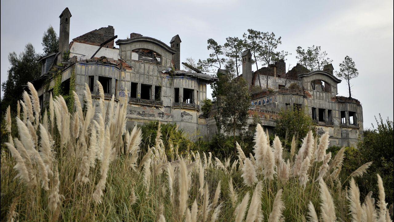 Las ruinas de la Casas Bailly en O Graxal