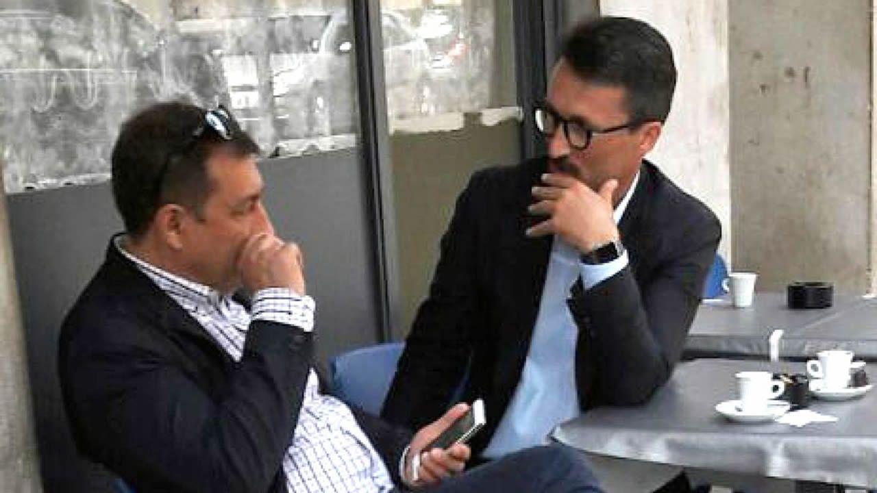 .¿Es Costas el hombre de la foto? Conocidos de Vigo de José Manuel Costas no le encuentran ningún parecido y rechazan que el hombre de la izquierda sea él