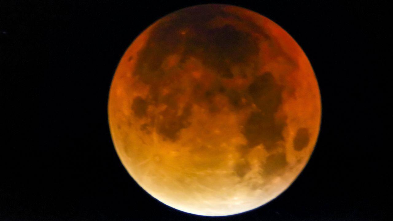 La cara oculta de la Luna, en imágenes.Recreación del planeta hallado en la constelación de Libra