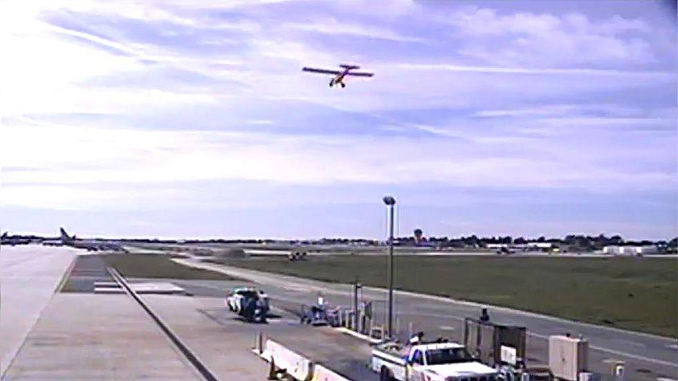 El peligroso aterrizaje deHarrison Ford en un aeródromo de California