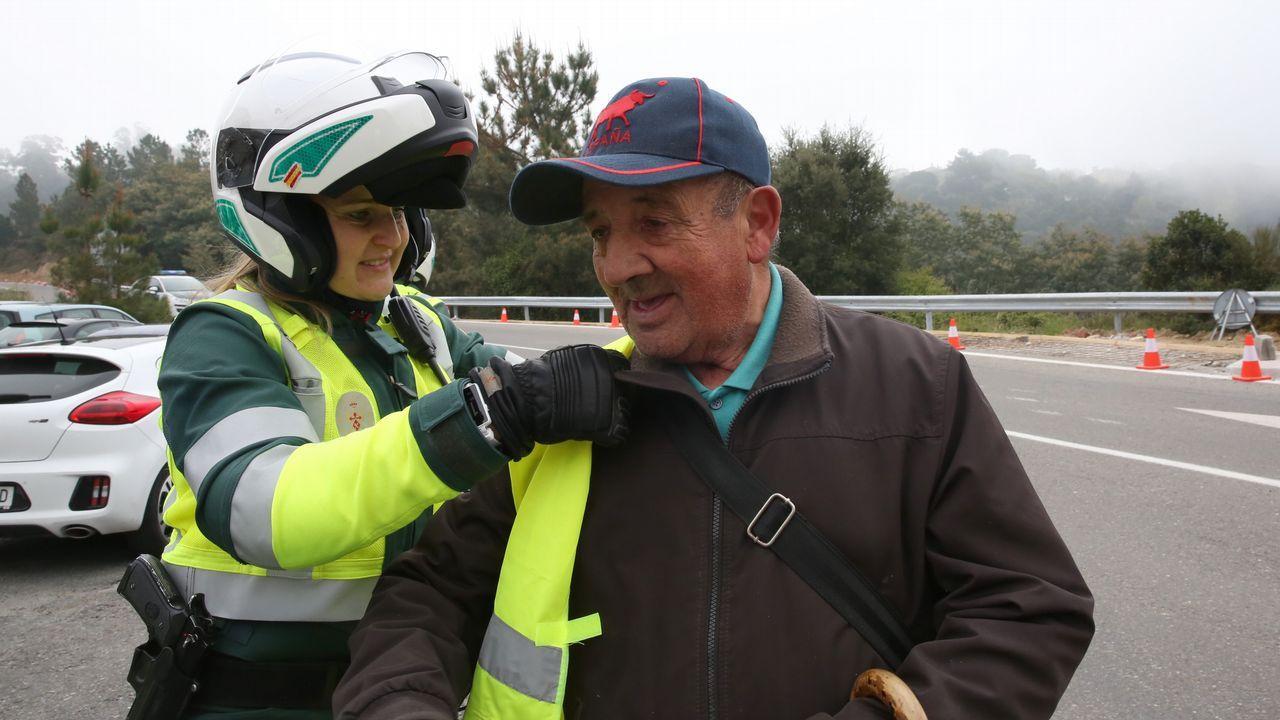 Tráfico aprovecha la campaña de Semana Santa para concienciar a peatones y conductores.Covadonga se colpasó por la asistencia debido al buen tiempo