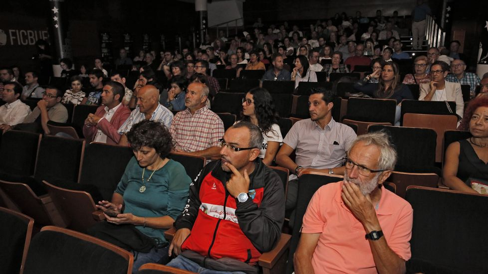 Estreno de  Sisi  en el teatro Colón