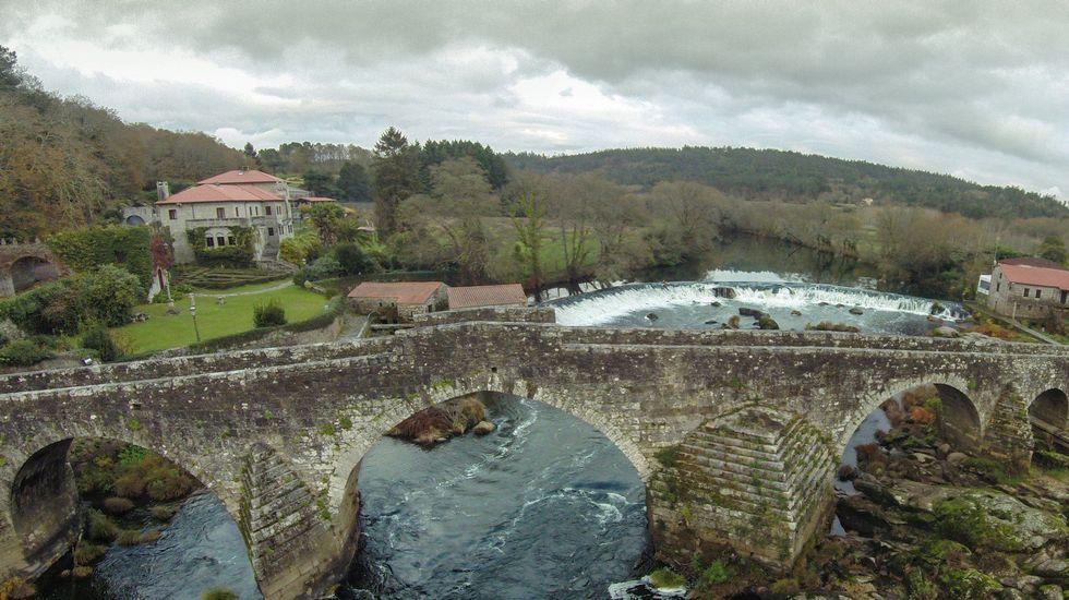 Ponte Maceira. Río Tambre