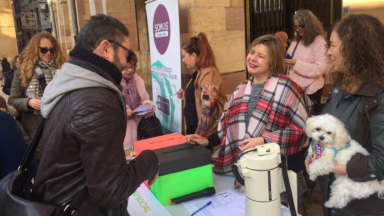 Más de 400 personas deciden el destino de los sueldos que donan los concejales de Somos Oviedo