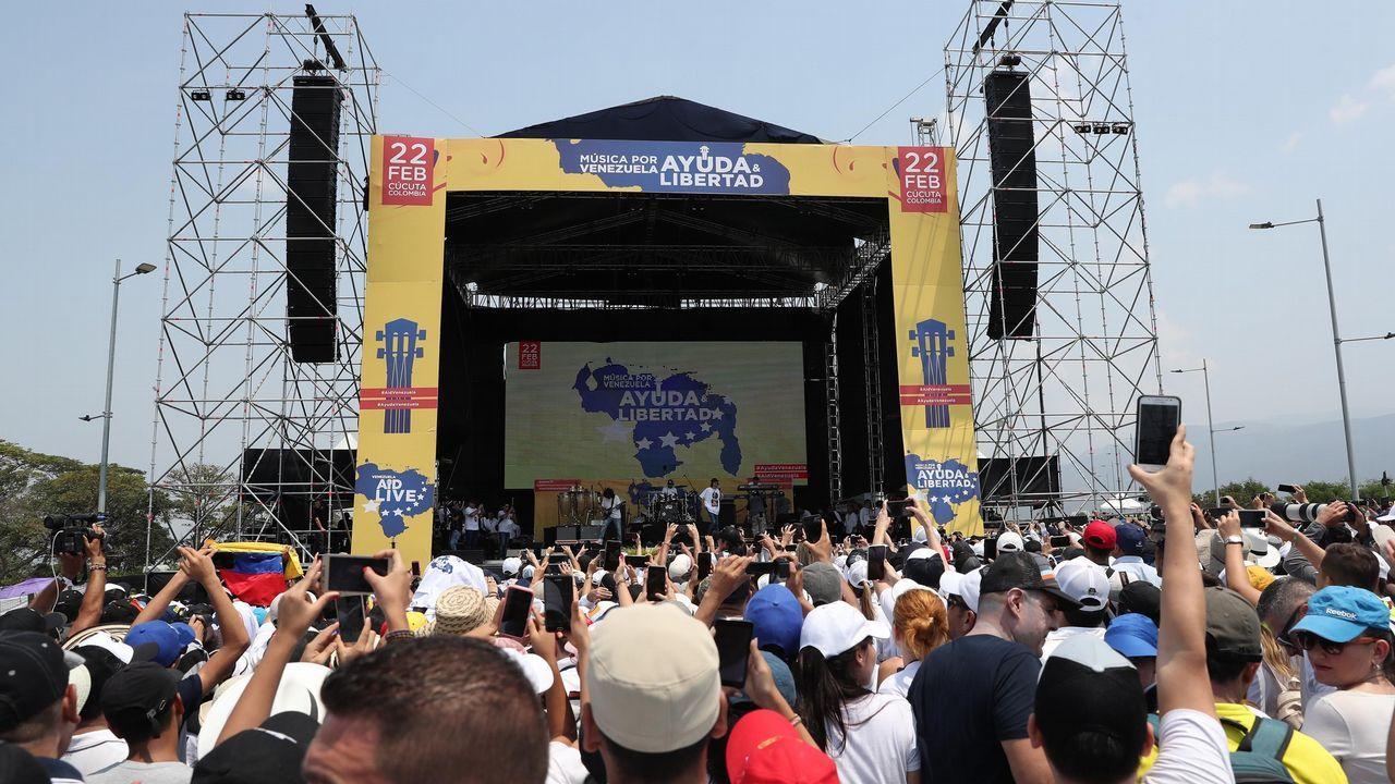 Vista general del escenario del concierto en el puente fronterizo de Tienditas, en Cúcuta (Colombia)