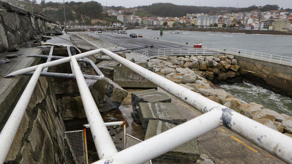 Graves daños en el puerto de Corme