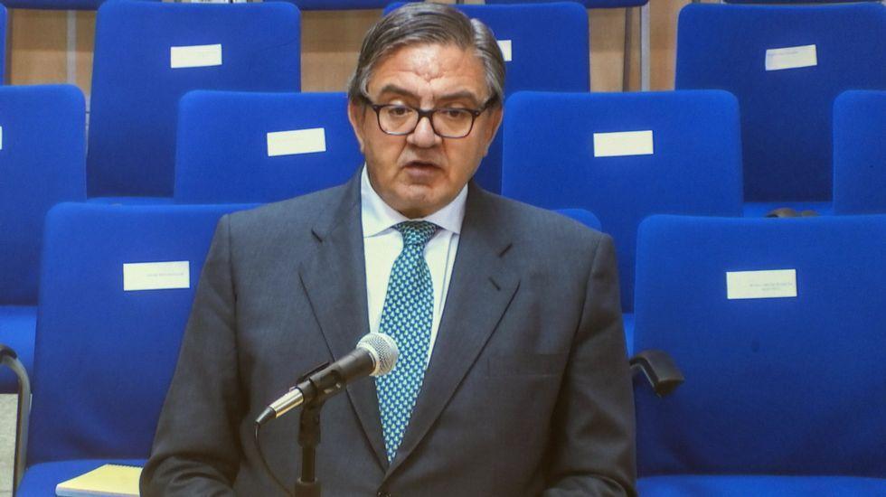 Declaran los agentes de la UDEF que investigaron el caso Nóos. El expresidente del Villarreal C.F. Fernando Roig, declara como testigo en el caso Noos