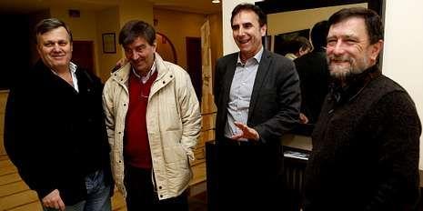 Algunos de los representantes de las federaciones gallegas.