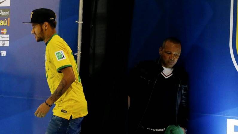 .Neymar y su padre, durante el pasado Mundial