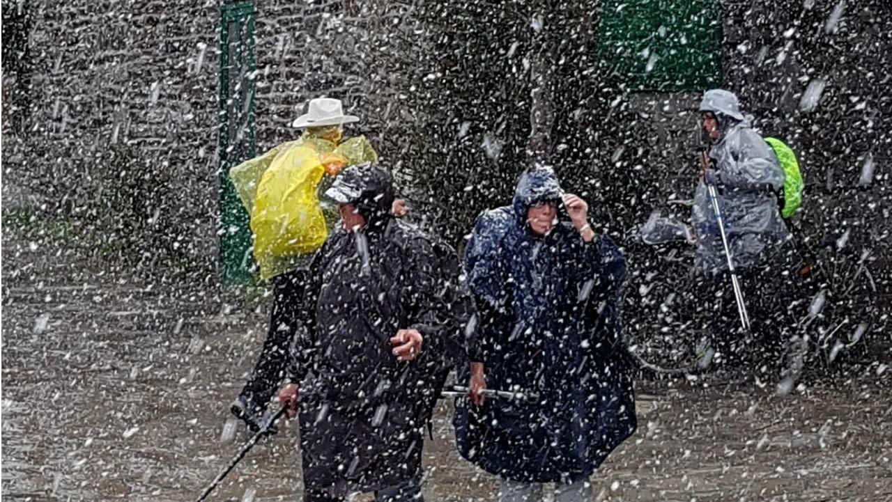 Si la nieve sorprendió a los peregrinos estos días en O Cebreiro, en otras zonas se pudo disfrutar del sol