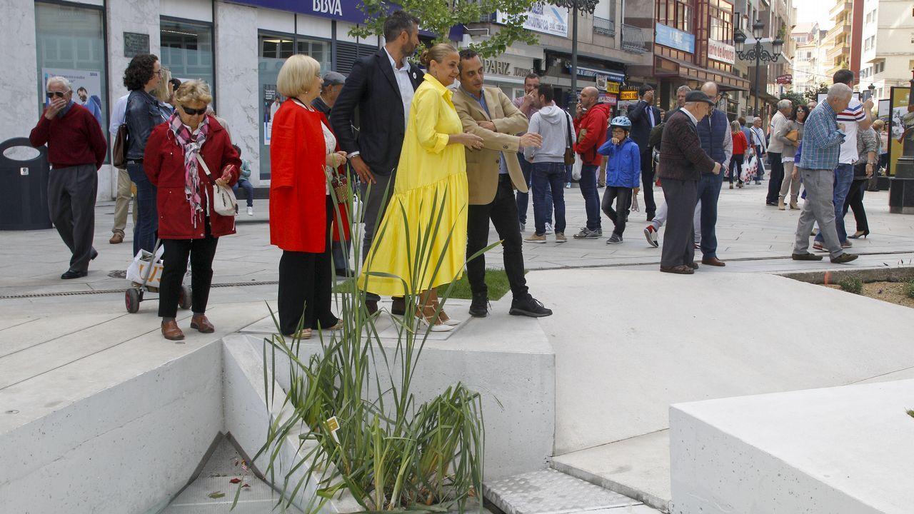 Carmela Silva y Alberto Varela dan el visto bueno a la plaza de Galicia