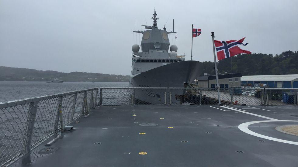 La Voz a bordo de una de las fragatas noruegas construidas en Ferrol.