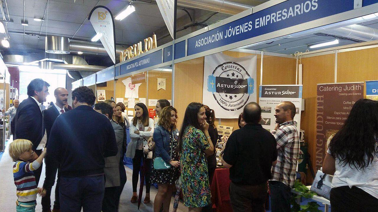 La Asociación de Jóvenes Empresarios (AJE) en la Feria de Muestras de Gijón.La Asociación de Jóvenes Empresarios (AJE) en la Feria de Muestras de Gijón
