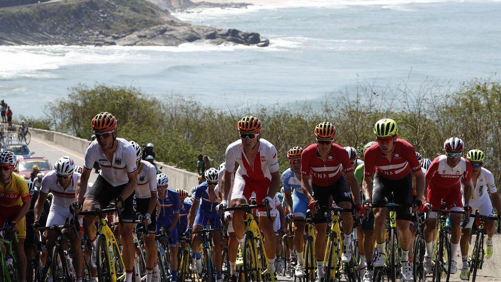 El espectáculo del ciclismo en Río 2016.El ciclista gijonense Iván García Cortina, durante la novena etapa de la Vuelta Ciclista a España