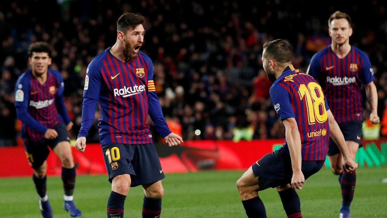 Quique González: «Si fallan Cristiano Ronaldo, Messi o Luis Suárez, cómo no vas a fallar tú».Alineación del Oviedo ante el Alcorcón