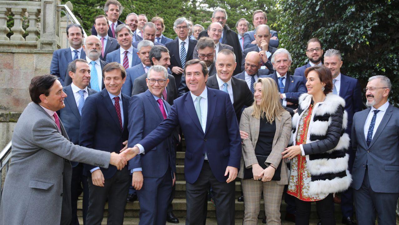 El presidente de la Federación de Empresarios del Metal del Principado de Asturias, Guillermo Ulacia, durante el discurso que ha pronunciado tras ser reelegido en el cargo por un nuevo periodo de cuatro años, y en el que ha expresado su confianza en alcanzar un acuerdo con los sindicatos en la negociación del convenio colectivo del sector.