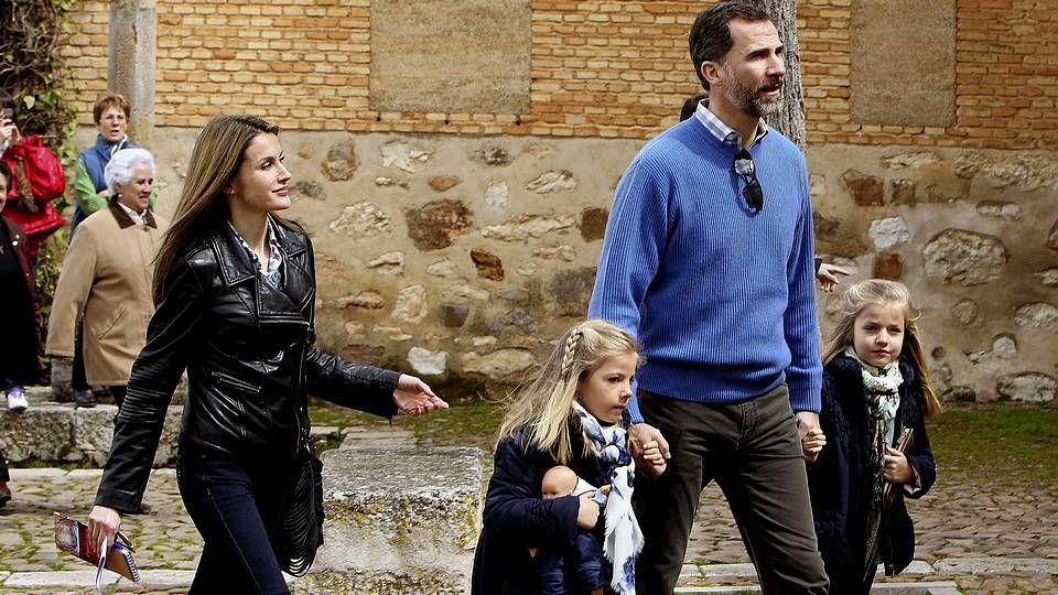 El rey vuelve «para dar guerra».Rajoy y Hollande, en el pasado mayo
