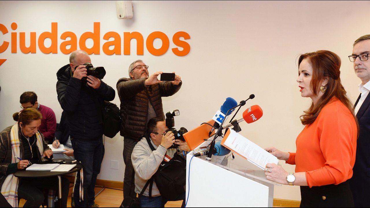 El BNG vuelve a carga con una campaña del 8-M contra los <span lang= gl >«machos alfa da dereita»</span>.La expresidenta de las Cortes de Castilla y León, que ha dejado el PP, Silvia Clemente, junto al secretario general de C's, José Manuel Villegas, ha anunciado que concurrirá a las primarias de este partido.