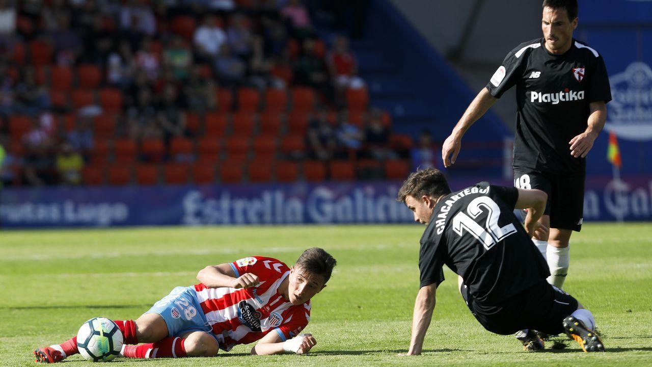 Anquela entrenamiento Requexon Real Oviedo.Lucas Torró durante el partido ante el Almería