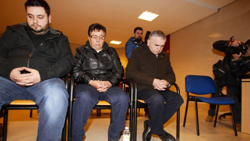 Fernández Castiñeiras, cabizbajo, en la apertura del juicio