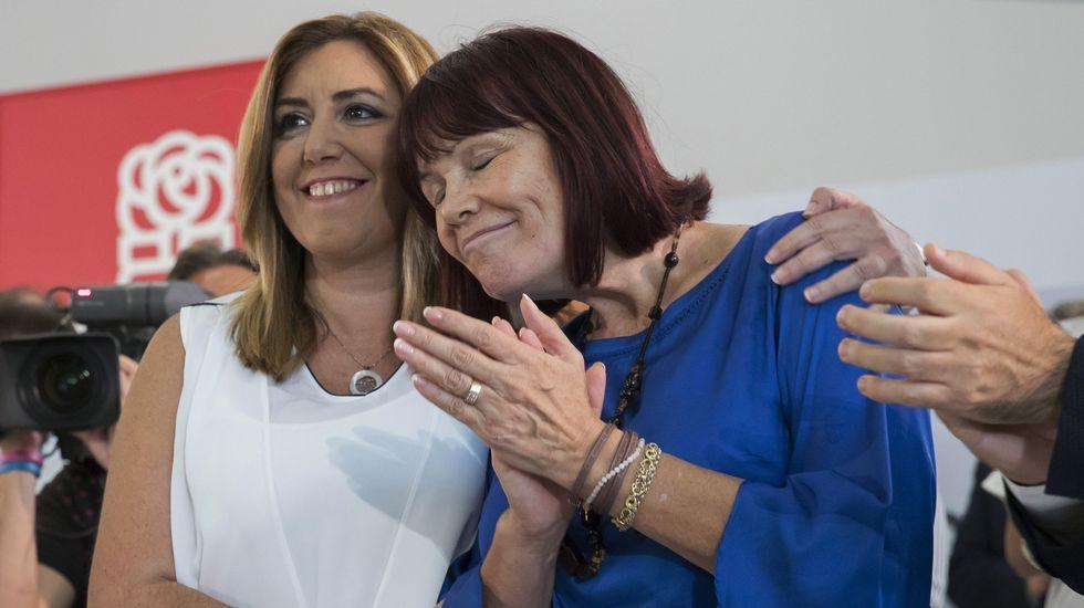 Susana Díaz: «El PSOE no es patrimonio solo de sus militantes».Susana Díaz, entre el presidente de Asturias, Javier Fernández (i) y el de Extremadura, Guillermo Fernández Vara