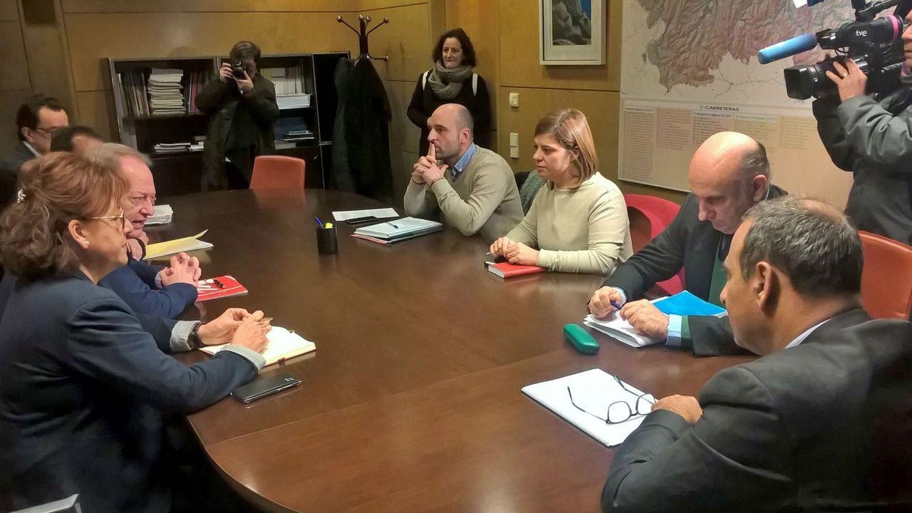 Barbón, en la reunión con alcaldes