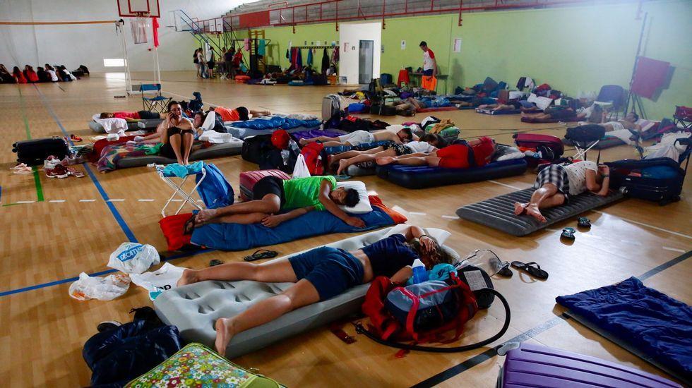 Noche sofocante en Vigo: «¡esto es un infierno! No he dormido nada».El Arnoia. En Allariz, O Arnado y Acearrica disponen de espacios verdes a la orilla del río