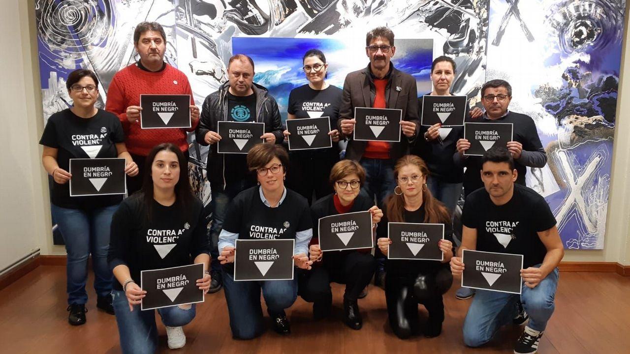 Campaña En Negro Contra as Violencias en Dumbría