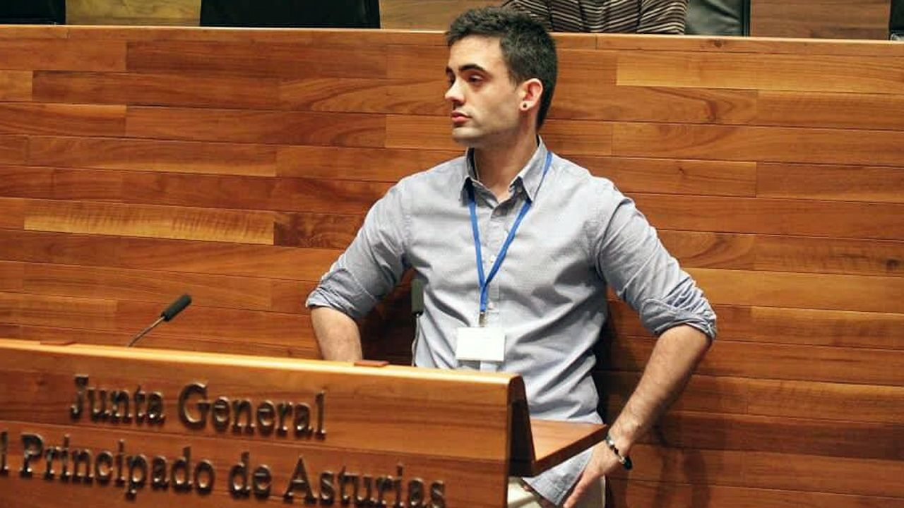 Pablo Llaneza en la Junta General