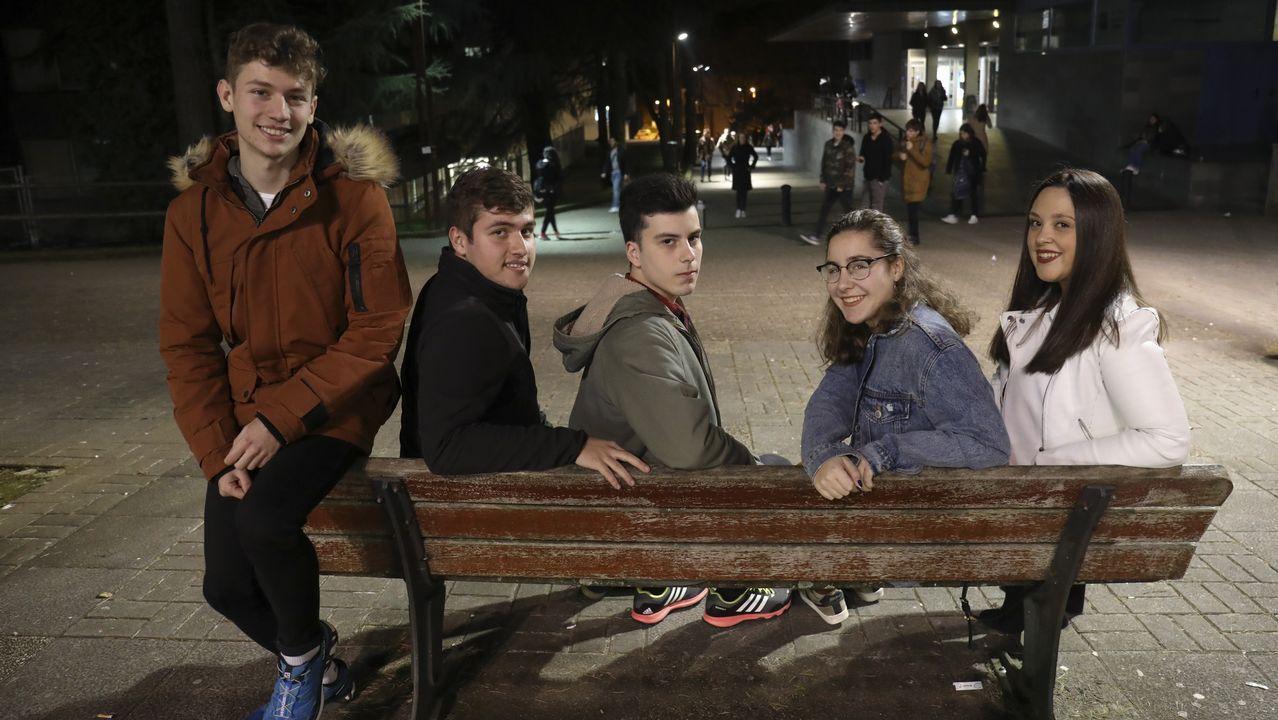 De izquierda a derecha, Pablo y Marcos Irimia, Xenxo Santiago, Jimena Salgado y Andrea Pazos