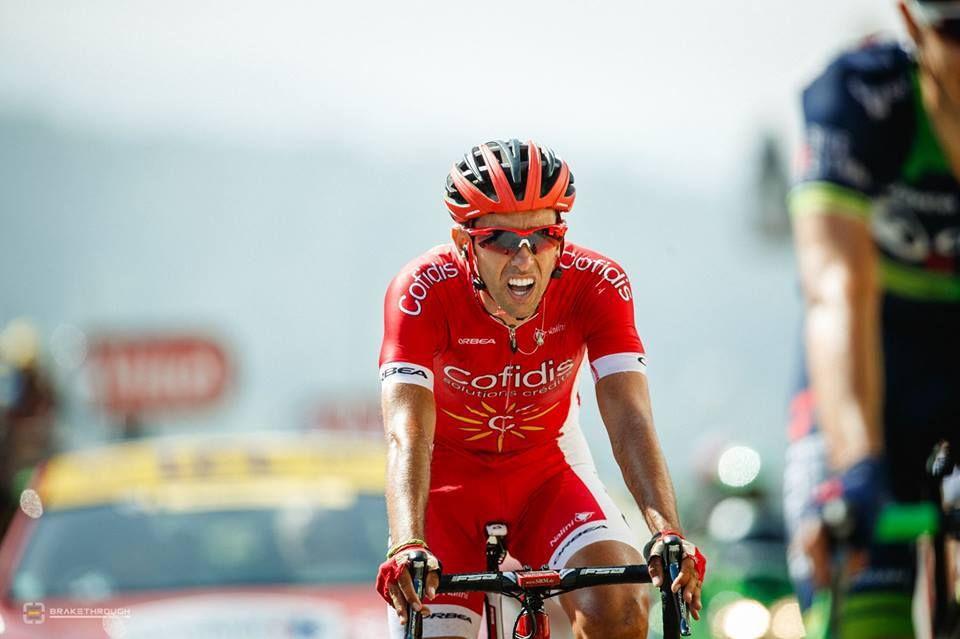 Luto en el podio del Tour.Dani Navarro