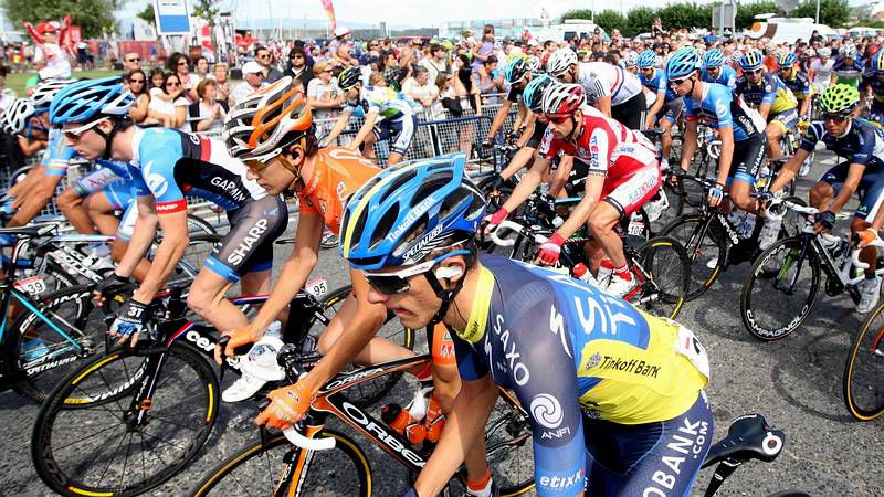 Vuelta Ciclista a España.Melendi, Malú, Jesús Vázquez, Rosario Flores y David Bisbal.
