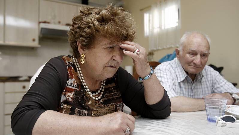 Abucheos a Marta Ferrusola: «¡Ladrona, ladrona, devuelva el dinero!»