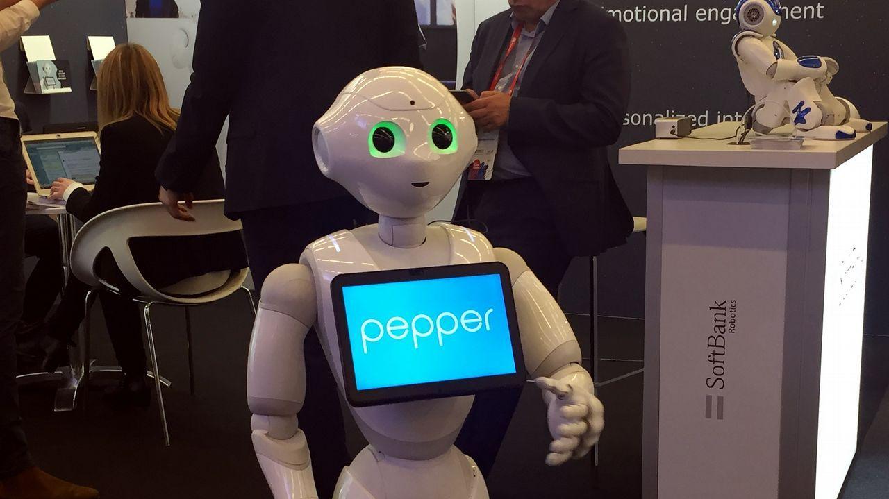 Pepper, un robot emocional perfecto para acompañar a gente sola
