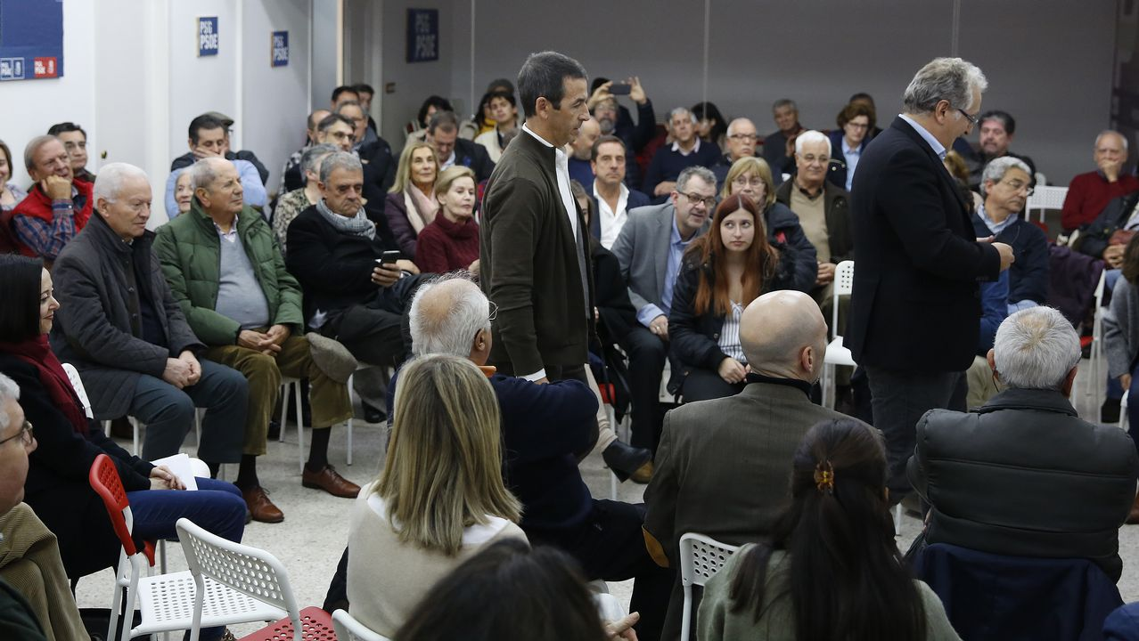 Teléfono móvil.Pleno de la corporación municipal de Gijón