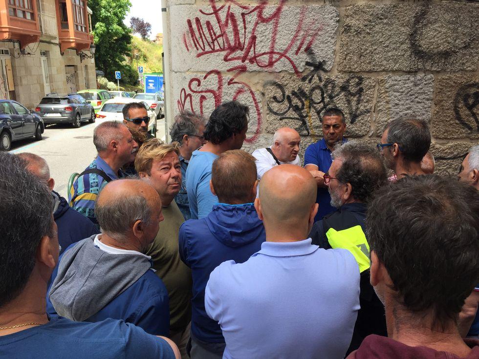 Huelguistas de la zona azul de Vigo se encierran en Dornier.