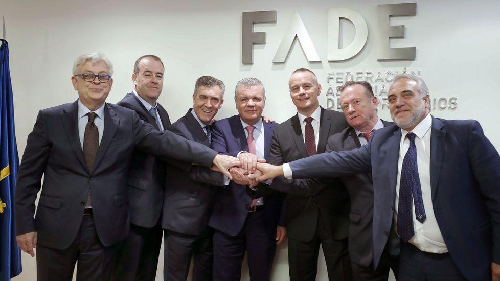 Los presidentes de las federaciones empresariales de las cuatro provincias gallegas, de Asturias, de León, de Zamora y de Salamanca suscribieron en Oviedo un acuerdo para la constitución de una alianza empresarial del noroeste