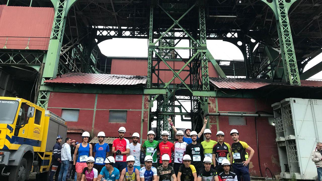 Un grupo de corredores antes del inicio del Trail del Sotón