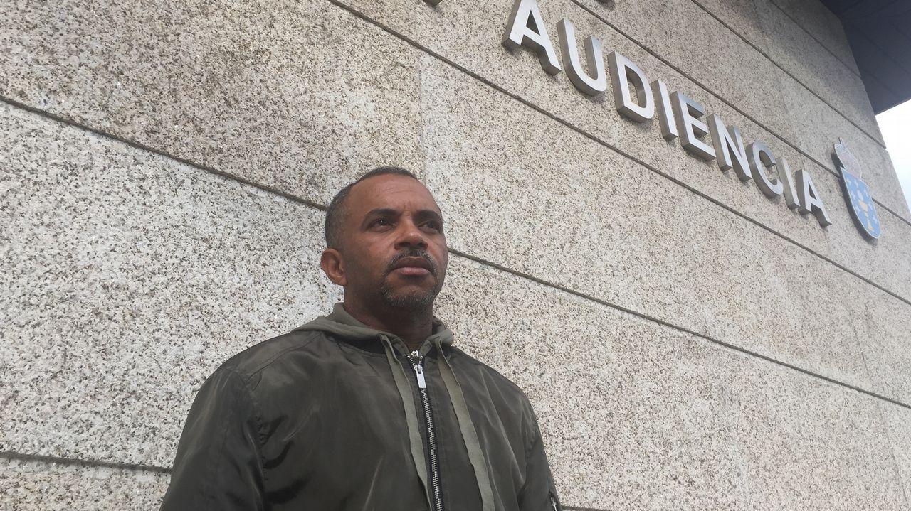 El padre de la joven que se precipitó durante el registro en Vigo: «Quiero que se investigue»