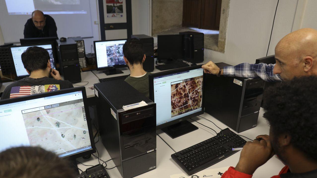 La ciencia en la USC se hace la interesante.Foto del plenario de En Marea celebrado a finales de octubre